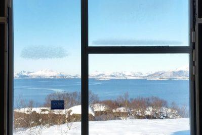 Vindu i bolig for Joakim Antonsen & Lisa Hansen